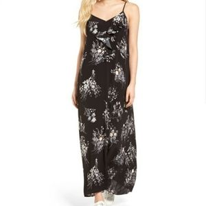 Leith Floral Ruffle Front Maxi Dress Black Gray